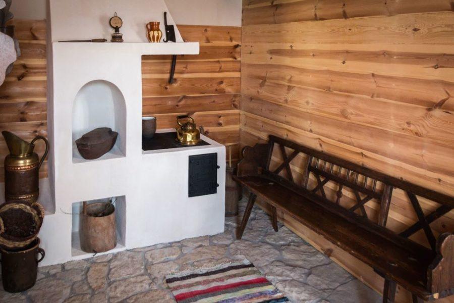 Carrelage en pierre naturelle dans une maison